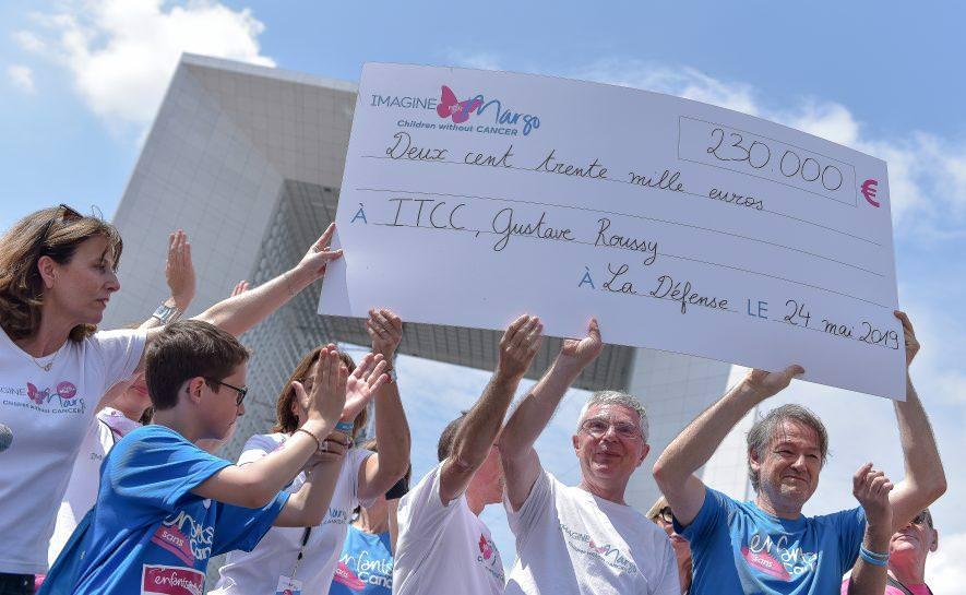 Succès de la 2e édition de la course Enfants sans Cancer City à La Défense