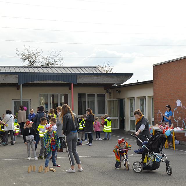 kermesse organisée dans une école près de Lille au profit d'Imagine for Margo