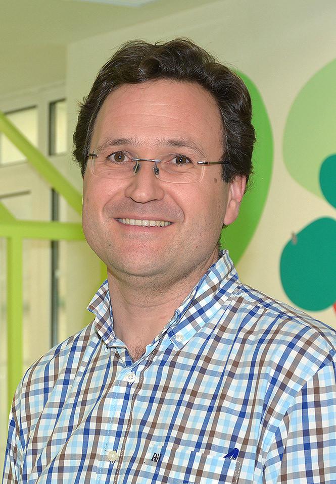 Dr Lucas MORENO