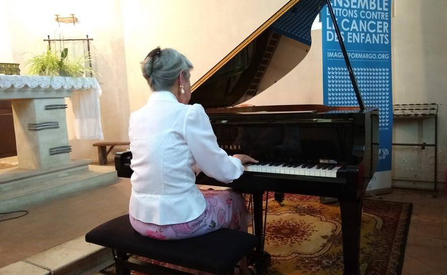 Un concert caritatif dans une chapelle à Cabourg