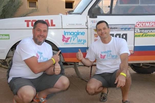 équipe qui participe au rallye des pionniers au profit d'Imagine for Margo