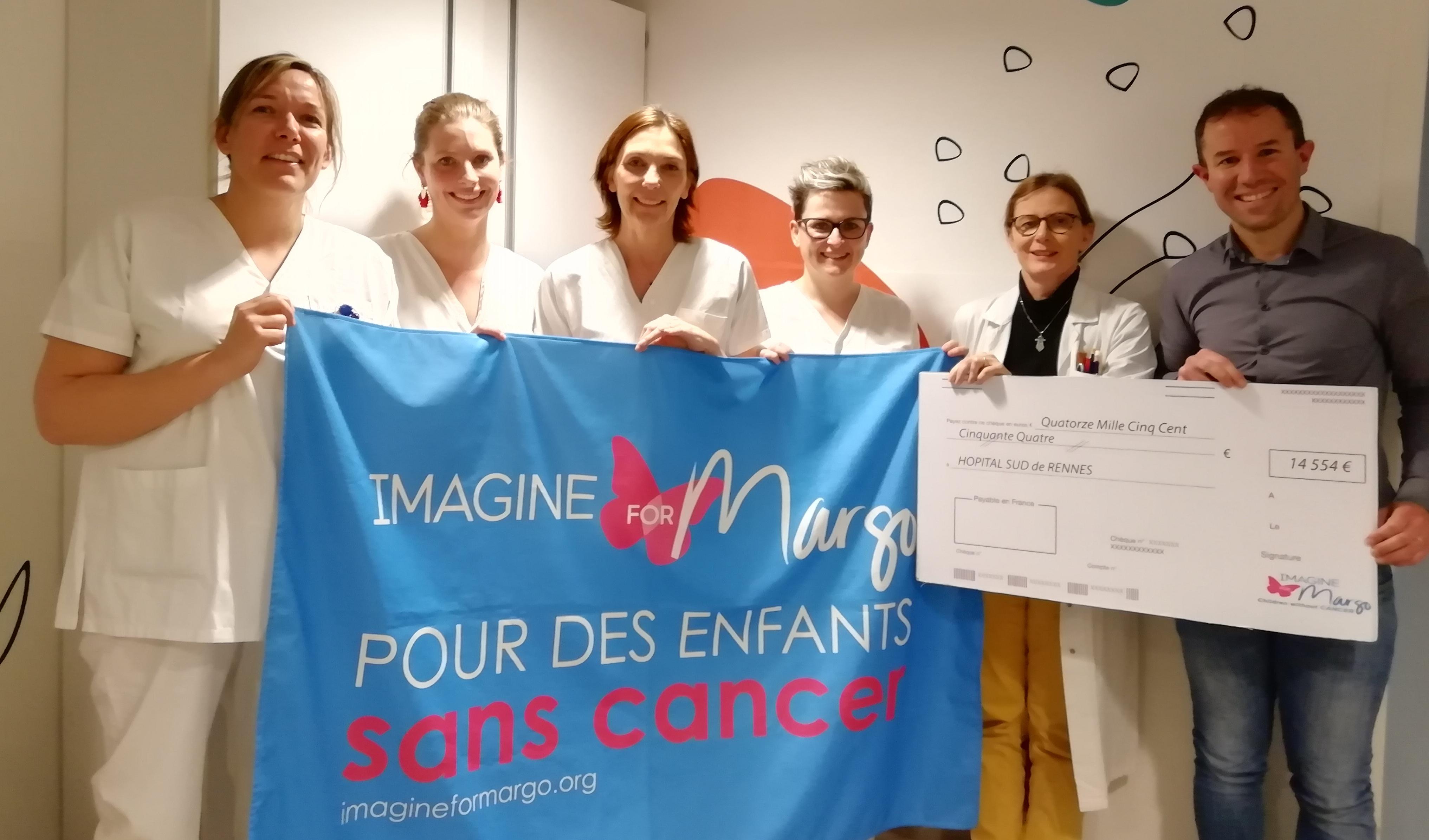 remise de chèque à l'hôpital Sud de Rennes